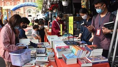 TP Hồ Chí Minh: Phong phú về chủ đề tại Lễ hội Đường Sách Tết Tân Sửu