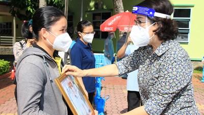 TP Hồ Chí Minh: Đón tình nguyện viên các tôn giáo tham gia chống dịch trở về