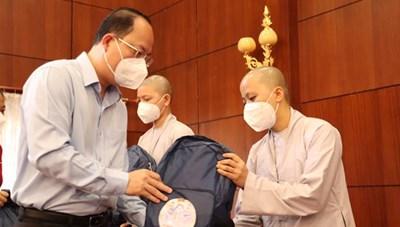 Tình nguyện viên các tôn giáo tiếp tục tham gia phòng, chống dịch