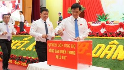 Tây Ninh: 1 tỷ đồng hỗ trợ đồng bào miền Trung bị thiên tai