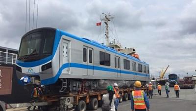 Thêm 6 đoàn tàu metro được vận chuyển từ Nhật Bản sang TP HCM