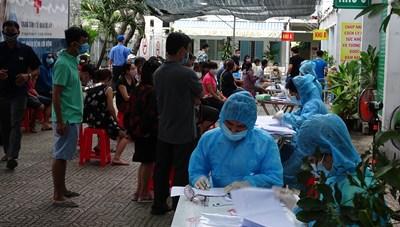 TP Hồ Chí Minh: Truy vết, khẩn cấp xét nghiệm hơn hai ngàn người tại quận Tân Bình