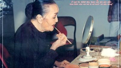 Triển lãm ảnh 'NSND Bảy Nam - Người mẹ trên sân khấu kịch miền Nam'