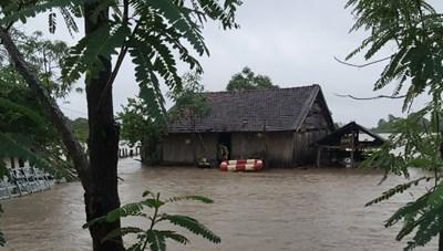Tây Nguyên: Mưa lớn kéo dài gây thiệt hại nặng nề cho người dân