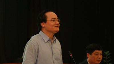 Bộ trưởng Phùng Xuân Nhạ: 'Sạn' trong SGK là không tránh khỏi(?)