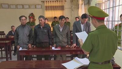 Vụ để lâm tặc 'băm nát' rừng ở Đắk Lắk: thêm nhiều cán bộ bị bắt
