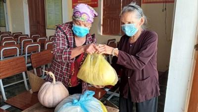 Hà Tĩnh: Hơn 1.200 tấn lương thực, thực phẩm ủng hộ vùng dịch miền Nam