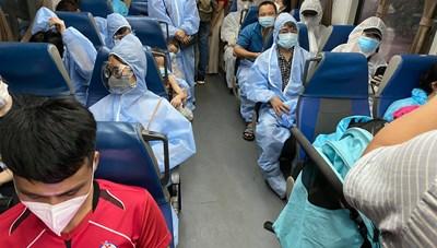 Hoãn chuyến bay do doanh nhân hỗ trợ đưa công dân Hà Tĩnh về quê