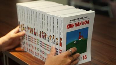 'Kính Vạn hoa' của nhà văn Nguyễn Nhật Ánh bị in lậu