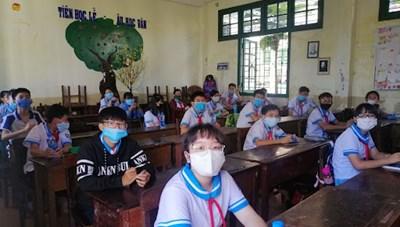 Bình Định: Học sinh TP Quy Nhơn được trở lại trường học trực  tiếp