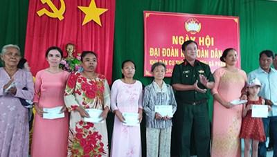 Bình Thuận: Rộn ràng Ngày hội Đại đoàn kết dân tộc Chăm