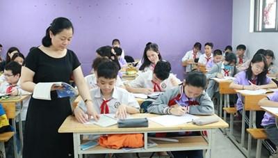 Đề xuất cho học sinh đi học trở lại từ 25/10: Lãnh đạo Sở GDĐT Hà Nội nói gì?