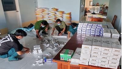 An Giang: Phát hiện và thu giữ hàng ngàn bao thuốc lá ngoại nhập lậu