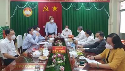 TP Hồ Chí Minh hỗ trợ TP Cần Thơ  500 triệu đồng phòng, chống dịch Covid-19