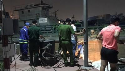 Phát hiện thi thể nam thanh niên dưới sông Sài Gòn