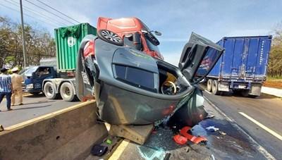 Xe container gây tai nạn, Quốc lộ 1A ùn tắc nhiều cây số