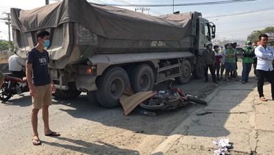 Hai thiếu nữ 16 tuổi gặp tai nạn, một người tử vong