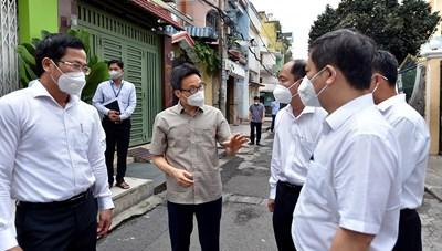 TP Hồ Chí Minh: Vì sao dịch bệnh vẫn diễn biến rất phức tạp?