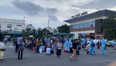 Người dân từ TP Hồ Chí Minh về quê cần điều kiện gì?