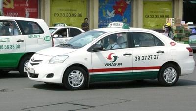 TP Hồ Chí Minh: Xe taxi nào được chạy trong thời gian thành phố siết chặt Chỉ thị 16?