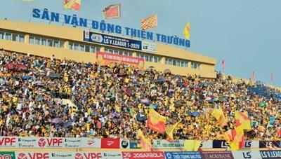 Bóng đá Nam Định: Mong không phải 'đá' với 'cầu thủ thứ 13'