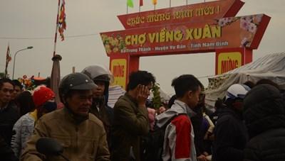 Nam Định: Dừng tổ chức chợ Viềng Xuân, lễ hội khai Ấn đền Trần