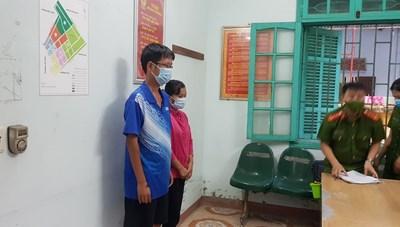 Thái Bình: Bắt 2 cán bộ nhận hối lộ để 'thông chốt' kiểm soát dịch