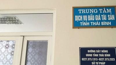 Thái Bình: Tiếp tục bắt giam thư ký Trung tâm Dịch vụ đấu giá tài sản