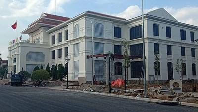 Thái Bình: Gắn biển công trình Thư viện Khoa học Tổng hợp tỉnh