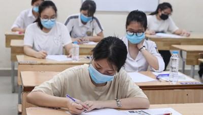Công bố điểm thi tốt nghiệp THPT: Hàng ngàn thí sinh đạt điểm 10