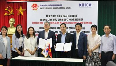 Ký kết biên bản ghi nhớ hợp tác đào tạo nghề với Hàn Quốc