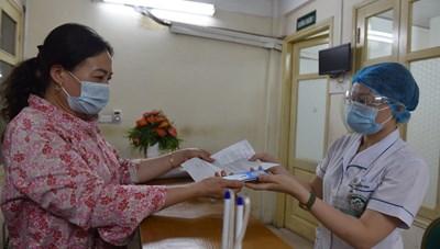 Khám, chữa bệnh bằng thẻ BHYT trên ứng dụng VssID: Nhanh, gọn và nhiều tiện ích