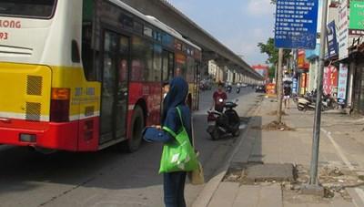 Hướng đi nào cho xe bus Hà Nội trước nguy cơ ngừng hoạt động?