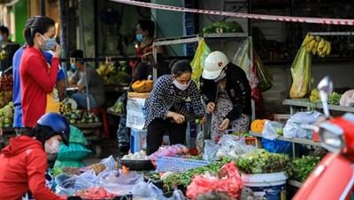 Chợ dân sinh có còn là phương án khả thi trong mùa dịch?