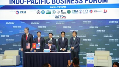 PV GAS và Tập đoàn AES ký 'Thoả thuận các điều khoản chính của Hợp đồng liên doanh dự án kho cảng LNG Sơn Mỹ'