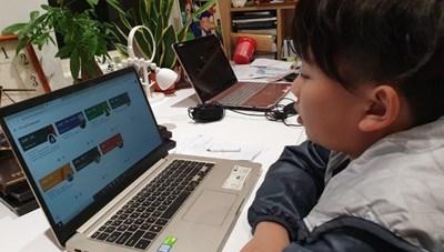 Học trực tuyến, kiểm tra giữa kỳ thế nào?