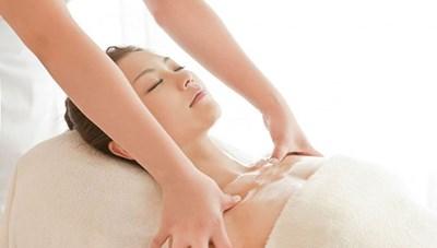 Những vùng cơ thể nữ giới nên chú ý massage để cải thiện sức khỏe