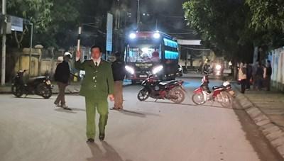 Đón lõng cách ly thanh niên bỏ trốn khỏi Quảng Ninh về Nghệ An ăn Tết