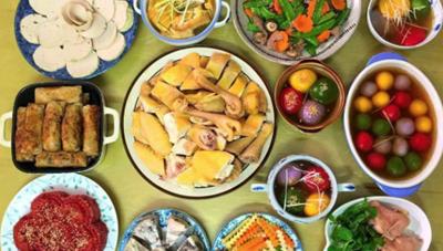 Ngày Tết: Người thừa cân, mặc bệnh gút, tăng huyết áp cần hạn chế những thực phẩm nào ?