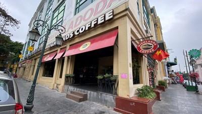 [ẢNH]: Hà Nội ngày đầu thực hiện đóng cửa quán ăn, hàng trà đá, cà phê
