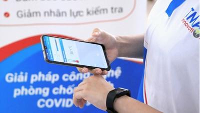 Cách ly tại nhà: Dùng vòng đeo tay kết hợp điện thoại thông minh để quản lý