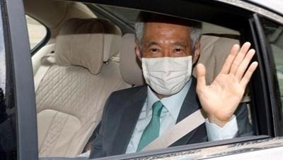 Thủ tướng Singapore tiêm vaccine ngừa Covid-19