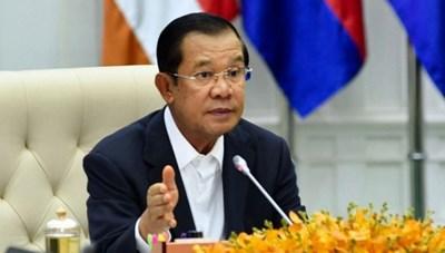 Thủ tướng Campuchia quyên góp 14 tháng lương để chống Covid-19