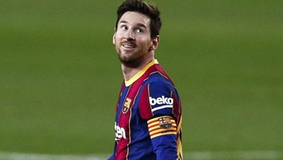 Barcelona đang nợ... Messi một số tiền rất lớn