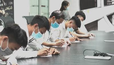 Doanh nghiệp tăng cường tuyển dụng lao động