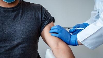 Người được tiêm vaccine có thể phát tán virus SARS-CoV-2 hay không?