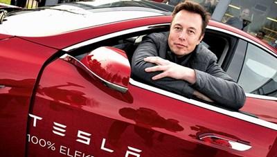 Xe điện Tesla bị Trung Quốc nghi làm gián điệp quân sự