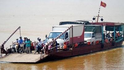 Kiểm tra hoạt động giao thông đường thủy nội địa