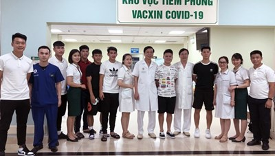 Toàn bộ đội tuyển bóng đá quốc gia đã tiêm vaccine phòng dịch Covid-19