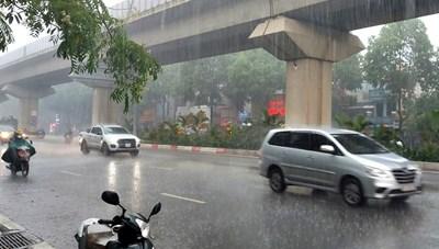 Hà Nội có mưa rào và dông, gió giật mạnh